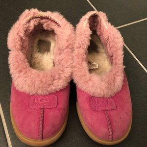 Pink Ugg Slippers Size 7